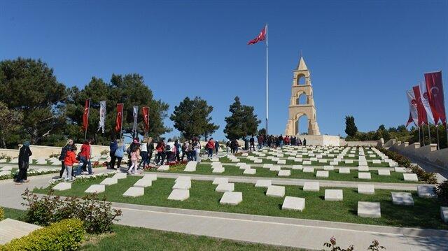Çanakkale Kara Savaşları'nın 102. yılı dolayısıyla Gelibolu Yarımadası'nda 24-25 Nisan'da gerçekleştirilecek törenlerin ilk provası yapıldı.