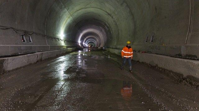 Demirkapı Tüneli'nde 3 yıldır devam eden çalışmaların sonunda ışık göründü.