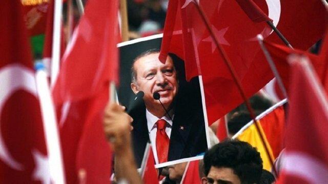 Almanya'daki Türk vatandaşları hedefte
