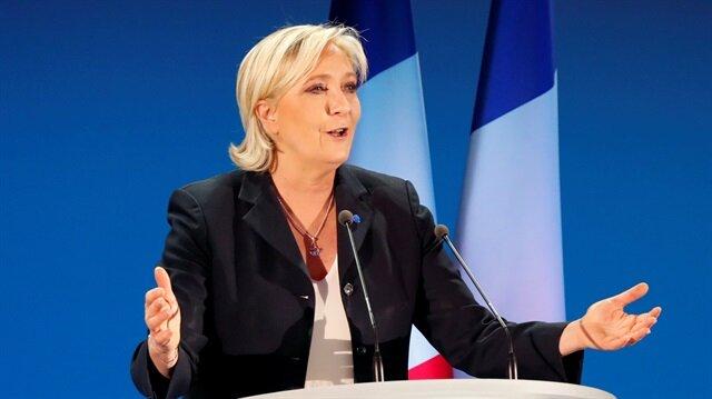 Fransa'da aşırı sağın zaferi