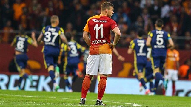 Podolski<br>özür diledi