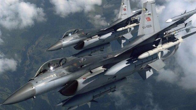 مقاتلات تركية تدمر مواقع لـ