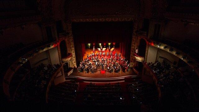 إعادة فتح المسرح البلدي لتونس العاصمة بعرض فني للأوركسترا