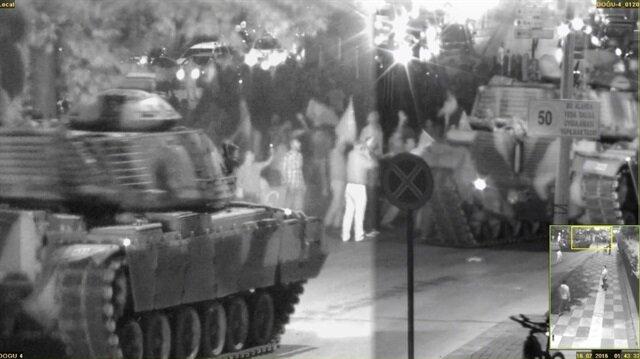 Ankara'daki darbeci tankların görüntüleri ortaya çıktı