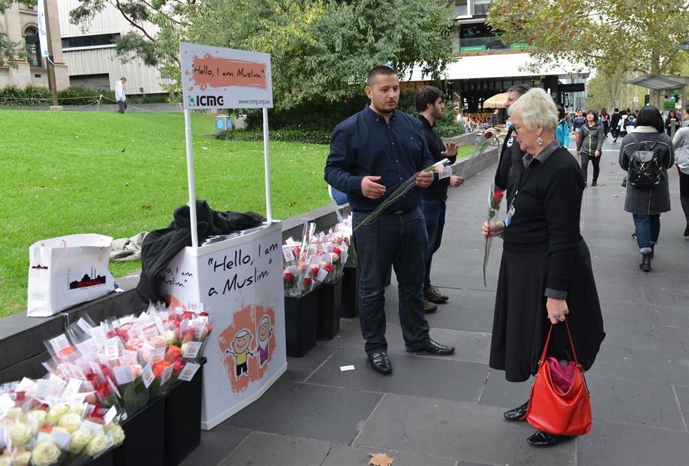 Avustralya'da yaşayan Türkler İslamofobiya karşı mücadele ediyor.