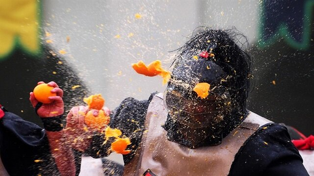 Dünyanın en çılgın yemek savaşı festivalleri