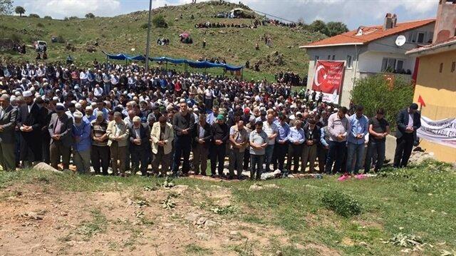 7 yılda bir düzenlenen 'Hacet Duası'na yaklaşık 7 bin kişi katıldı.