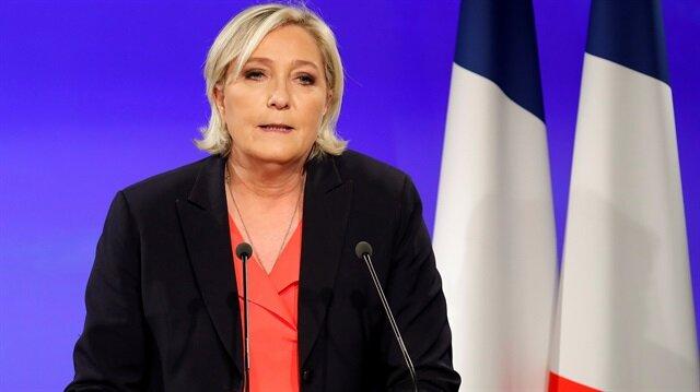 Ulusal Cephe'nin lideri Le Pen