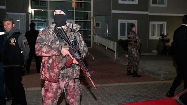2 suspected Islamic State extremists killed in Turkey raid