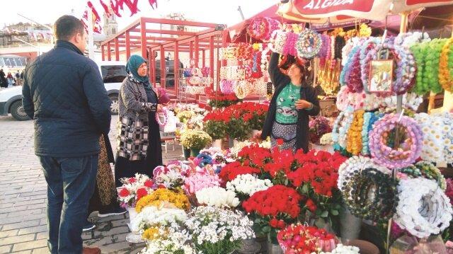 Seyyar piyasada bahar havası