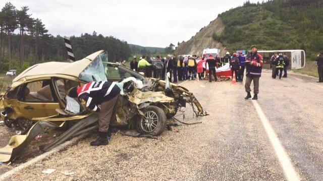 Yine midibüs kazası: 3 ölü 12 yaralı