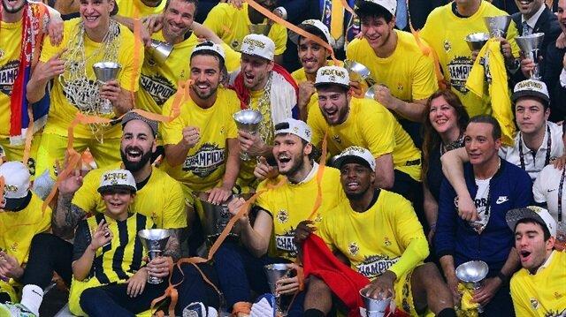 Fenerbahçe, üst üste ikinci kez çıktığı Euroleague finalinde Yunan temsilcisi Olympiakos'u 80-64 mağlup etti ve Avrupa'nın en büyüğü oldu.