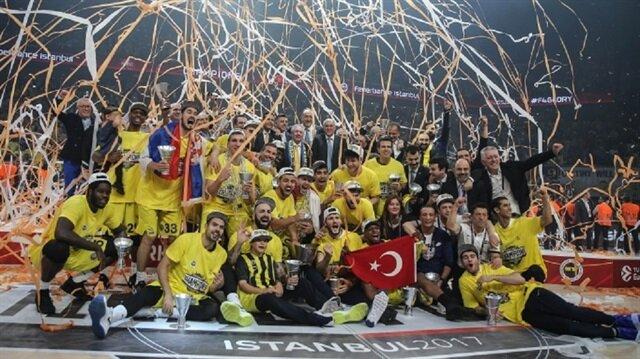 أردوغان يهنئ فنربهتشه بتتويجه بلقب الدوري الأوروبي لكرة السلة