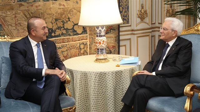 جاويش أوغلو يجتمع برئيسي الدولة والحكومة الإيطالية