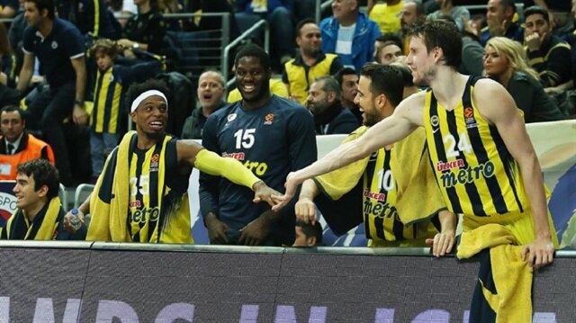 Fenerbahçe Bennett ile yollarını ayırdı