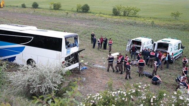 Ankara'da yolcu otobüsü devrildi: 8 ölü 34 yaralı