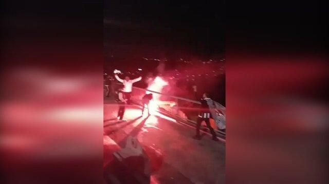 Köprüde Fenerbahçe bayrağını yaktılar!