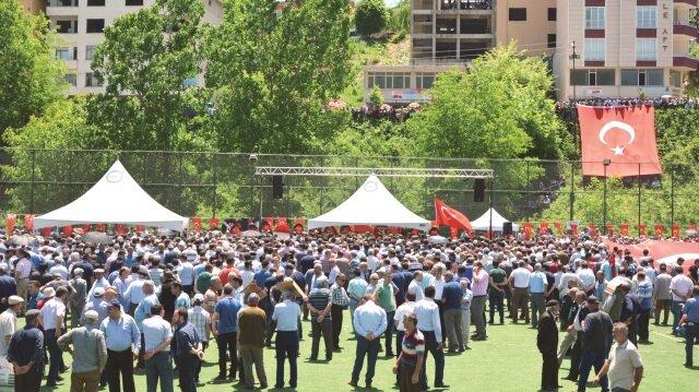 Ordu'da düzenlenen cenaze törenine katılan binlerce vatandaş PKK'ya lanet yağdırdı.