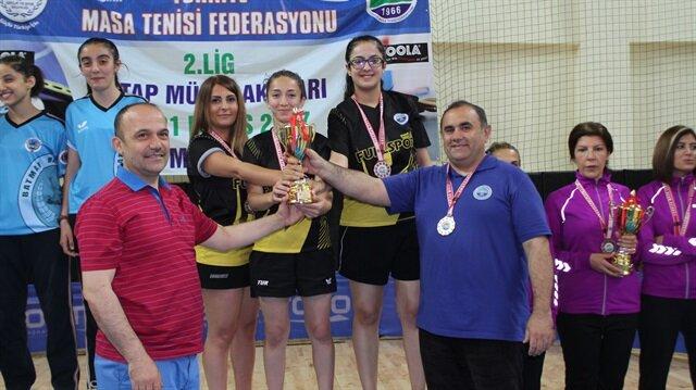 Türkiye Masa Tenisi Federasyonu tarafından  düzenlenen Bayanlar Türkiye 2.Ligi final etabında Bayanlar Türkiye 1.Ligi'ne yükselen son takım İstanbul temsilcisi Armaspor oldu.