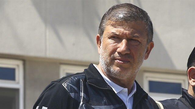 Bir dönemin ünlü futbolcusu ve günümüzün futbol yorumcusu Tanju Çolak, mafya operasyonu kapsamında adliyeye sev edilmişti.