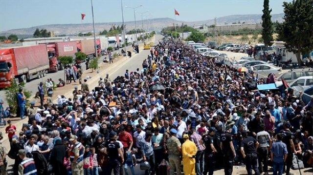 ازدحام في معبر تركي مع سوريا بسبب عطلة العيد