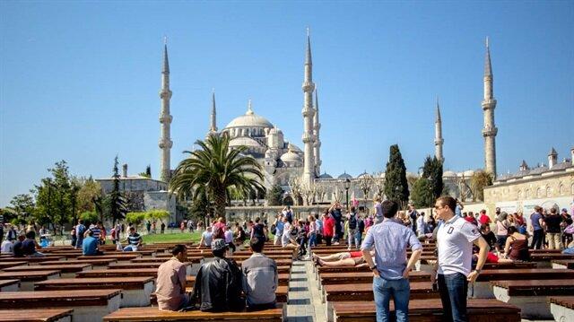 إسطنبول تستضيف نصف مليون سوري