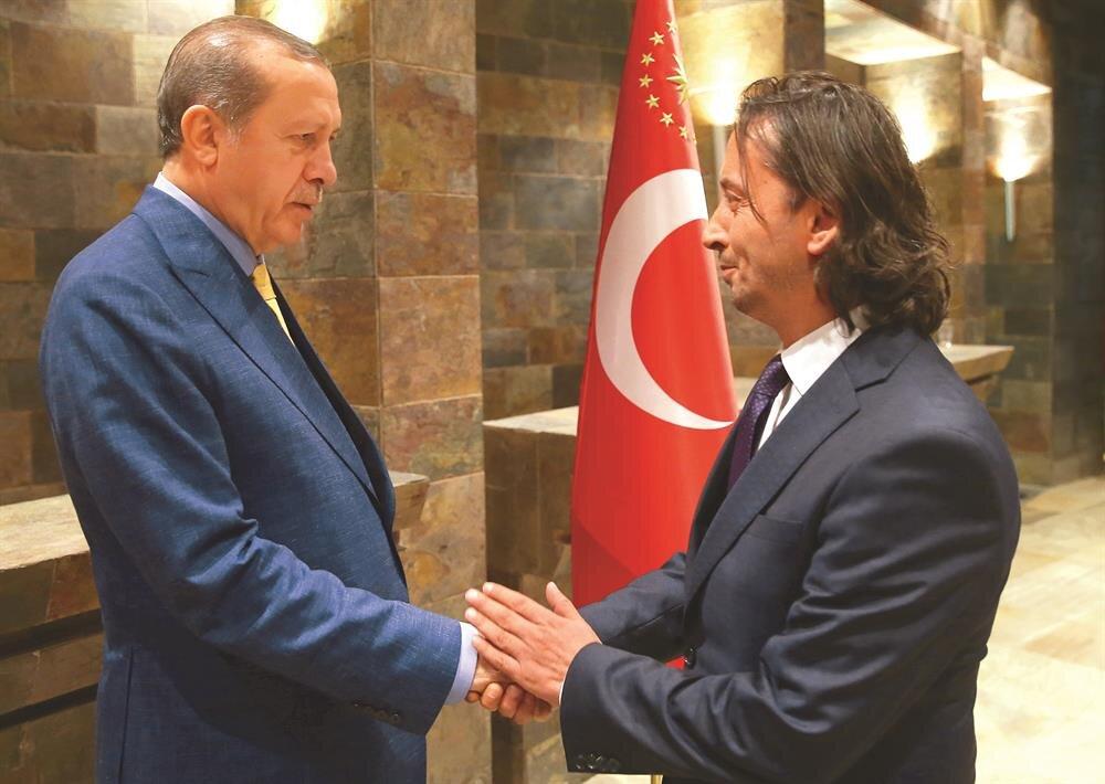 Cumhurbaşkanı Erdoğan'ın davetine Yeni Şafak Gazetesi Genel Yayın Yönetmeni İbrahim Karagül katıldı.