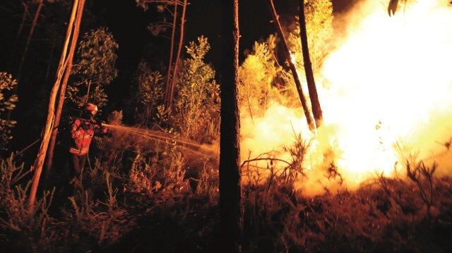 Portekiz yandı