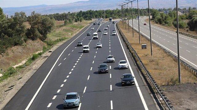 Emniyet Genel Müdürlüğü, yollardaki 36 kara noktayı tespit edilerek, sürücüleri uyardı.