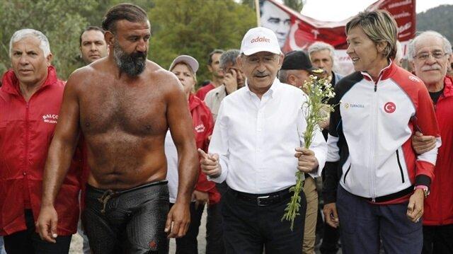 Kılıçdaroğlu'na yürüyüşüne 'dopingli pehlivan' desteği
