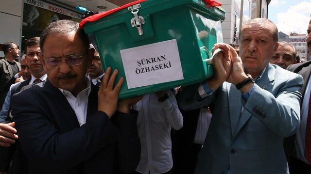 Bakan Özhaseki'nin annesi son yolculuğuna uğurlandı