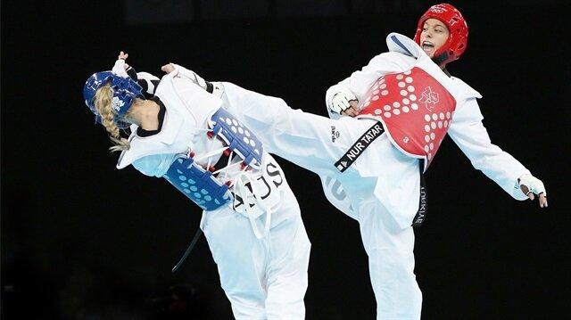 Nur Tatar Askari, ABD'li rakibini mağlup ederek Dünya Tekvando Şampiyonası'nda altın madalya kazandı.