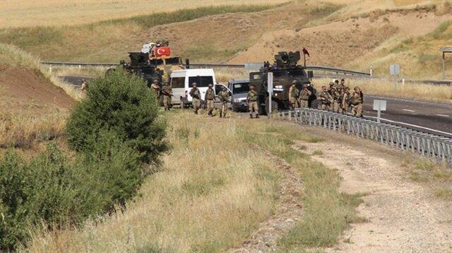 Üs bölgesine yemek götüren araca saldırı: 3 askerimiz şehit