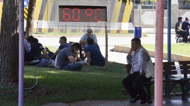 Şanlıurfa'da termometreler 60 dereceyi gördü!