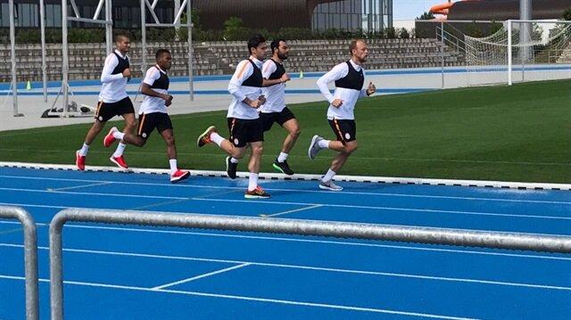 Galatasaray'da futbolcular 30 dakika süren zorlu koşu testine tabi tutuldu.