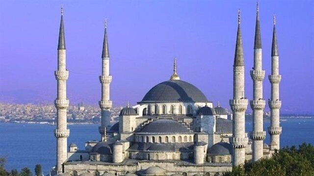 في ذكرى ملحمة التصدي للانقلاب.. 90 ألف مسجد في تركيا تصدح بالأذان والدعاء