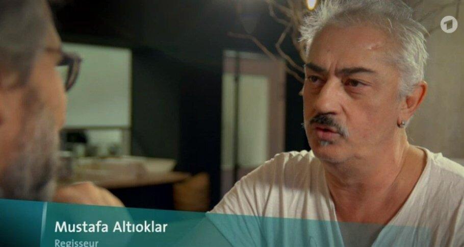 Alman kanalında yayınlanan belgeselde hakkında yakalama kararı bulunan iki isim Can Dündar ve Mustafa Altıoklar bir arada görüntülendi.