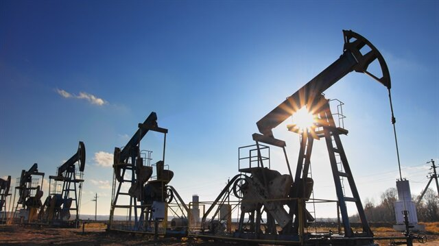 Rusya'nın petrol ve doğalgaz üretimi arttı.