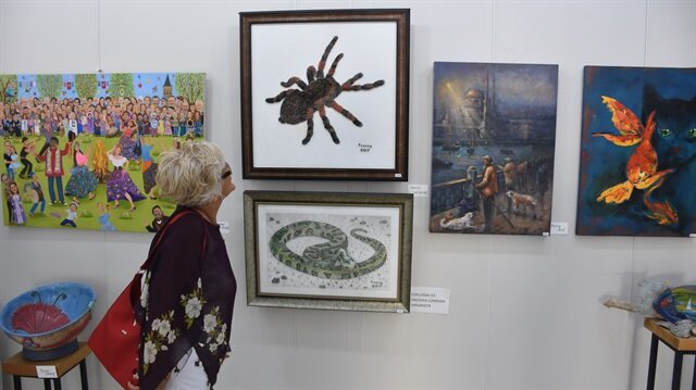 Bodrum'da 78 bin toplu iğneyle hayvan figürü resmetti