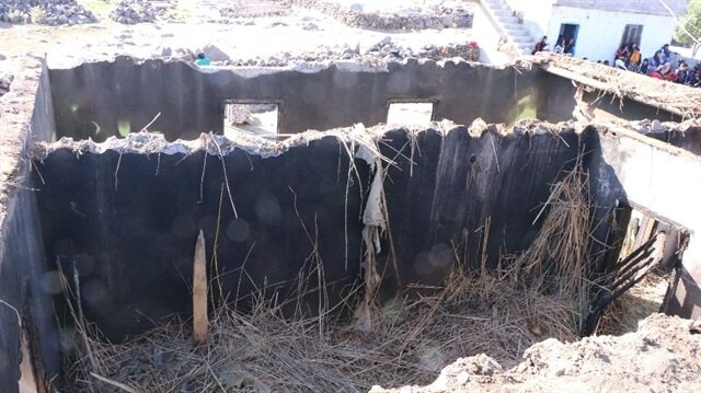 Siverek'teki yangında 3 çocuk hayatını kaybetti.