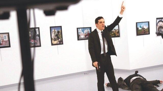 FETÖ'cü polis Mevlüt Mert Altıntaş, Rus Büyükelçi Andrey Karlov'u 19 Aralık 2016'da öldürdü.