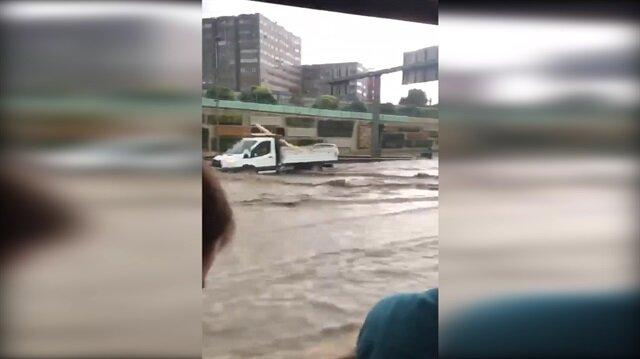 İstanbul'da çok şiddetli yağış
