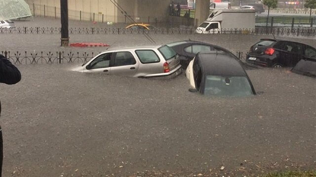 Record rainfall causes floods, havoc in Istanbul