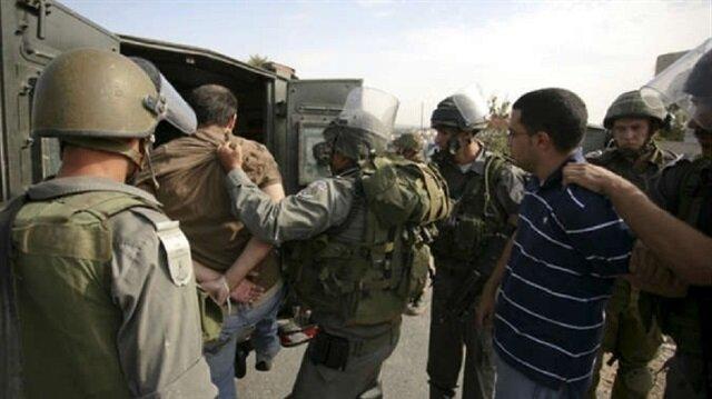 الجيش الإسرائيلي يعتقل 25 ناشطًا من حماس بينهم نائبان في الضفة الغربية