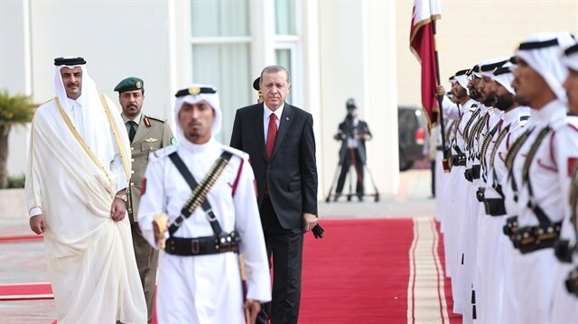 أردوغان يصل الدوحة في آخر محطة لجولته الخليجية