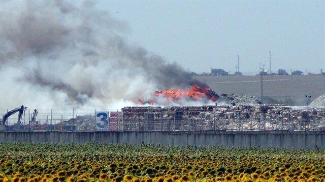 Tekirdağ'da babrika deposunda yangın!