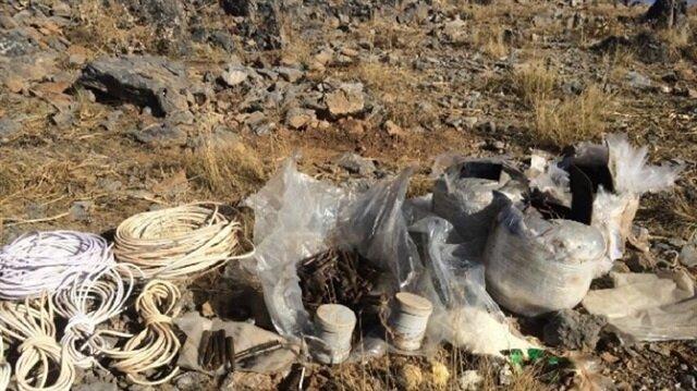 Hakkari'de el yapımı patlayıcı imha edildi