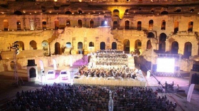 الأوركسترا التونسية تسدل ستار الدورة 32 لمهرجان الموسيقى السمفونية بالجم
