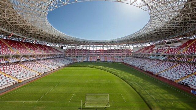 33 bin 539 kişi koltuk kapasitesine sahip Antalya Stadı.