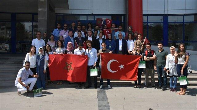طلاب مغاربة يزورون تركيا في إطار برنامج التبادل بين البلدين